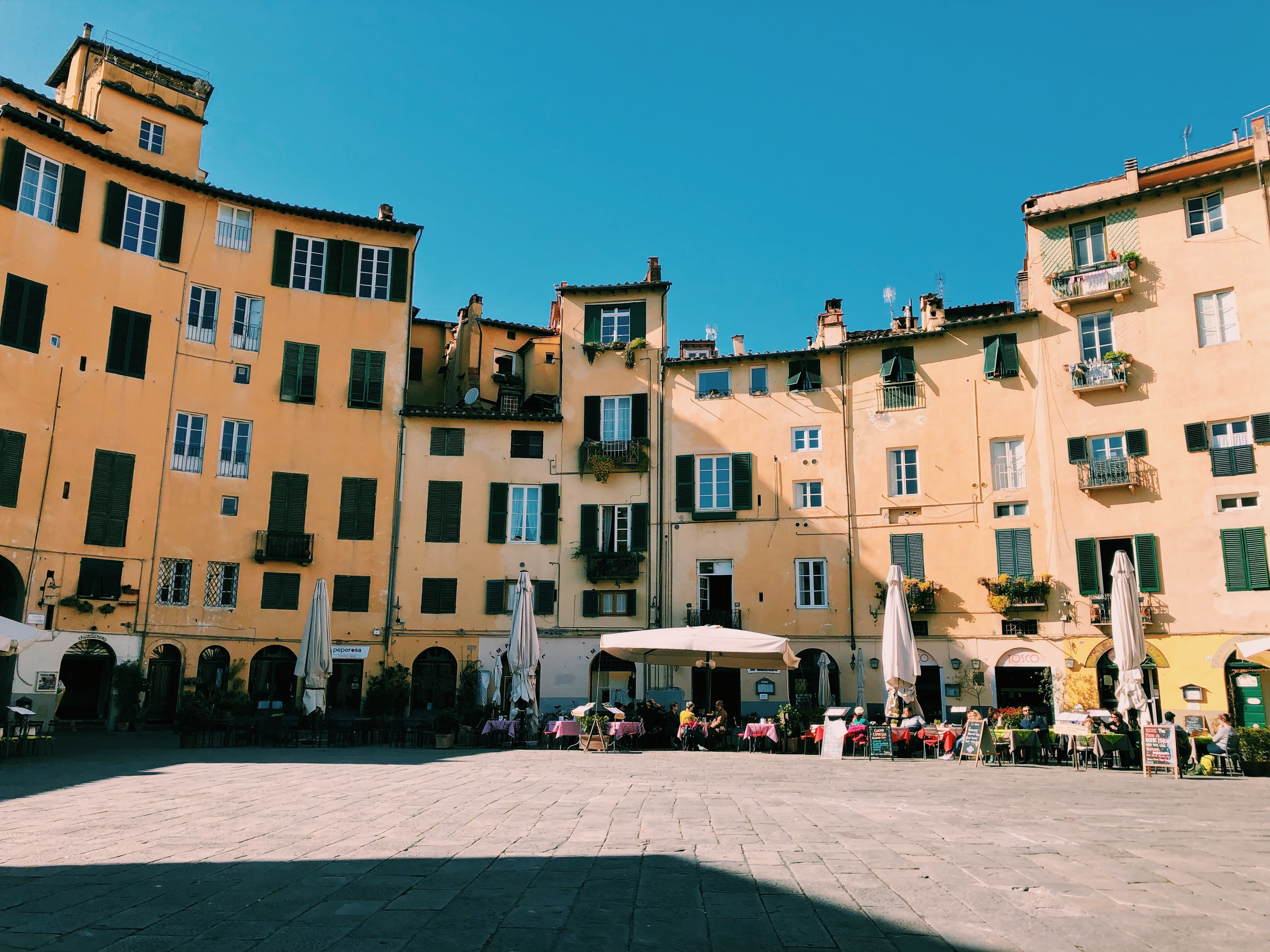 a day trip to lucca, italy